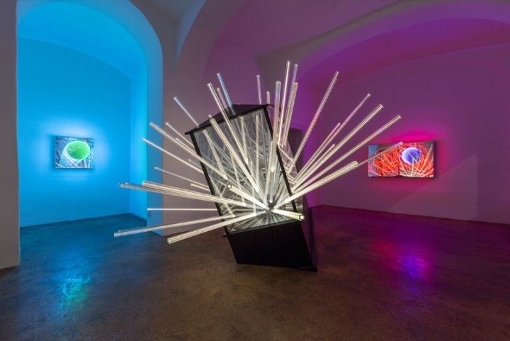 Современные дизайнерские светильники Big Bang от венского дизайнера Hans Kotter, Австрия