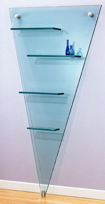 Стъклени рафтове: експериментирайте с форма.