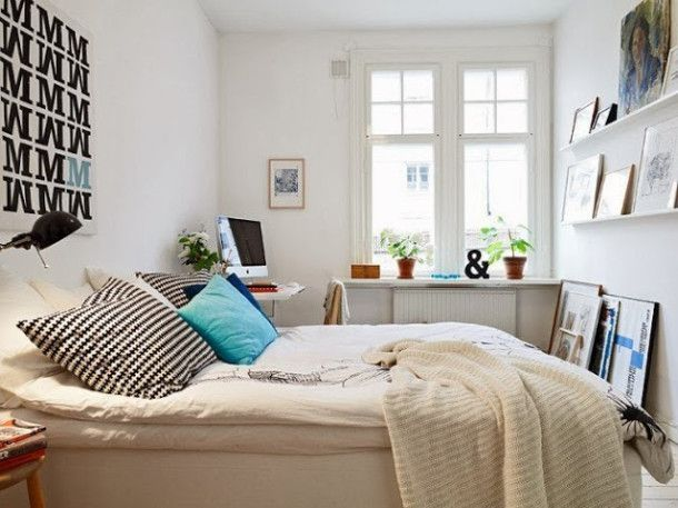 Scandinavian-bedroom-with-modern-decoration