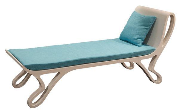 Blå madrass på en sjeselong
