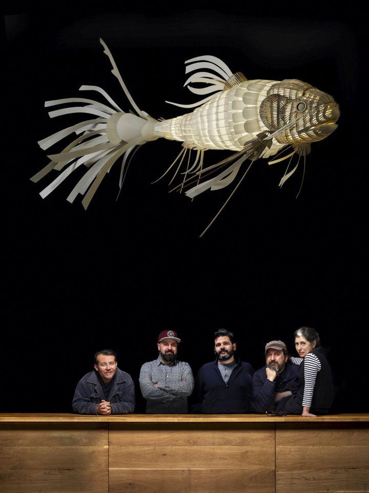 Восхитительная лампа Koi Fish от LZF Lamps