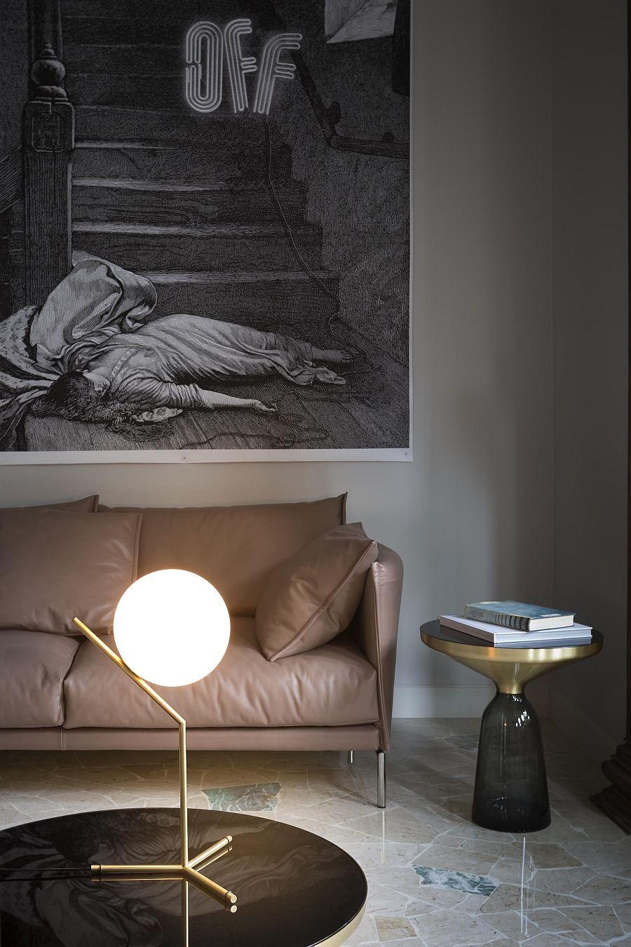 Красивый светильник в качестве настольной лампы