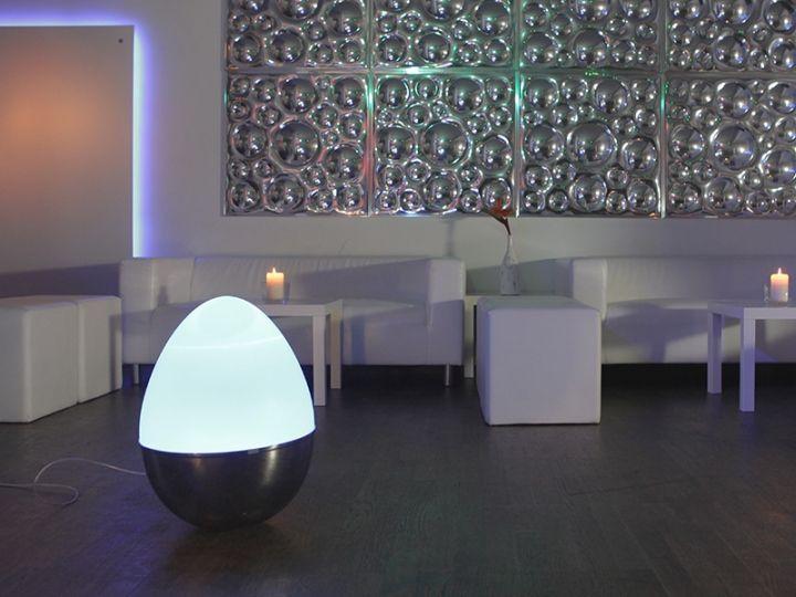 Удивительный светильник в виде яйца-неваляшки от Isabel Heubl