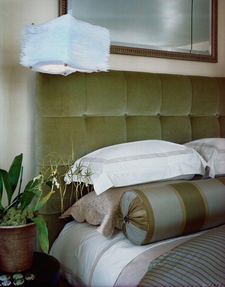 Креативный светильник в интерьере от Kathy Bloodworth Interior Design