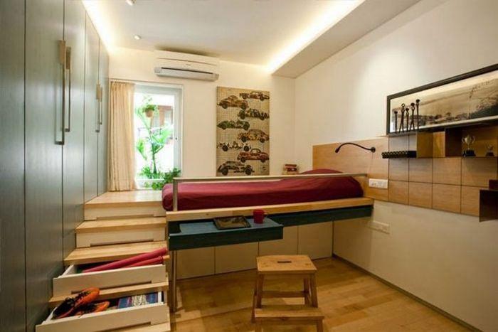 Легло, маса и система за съхранение в един дизайн