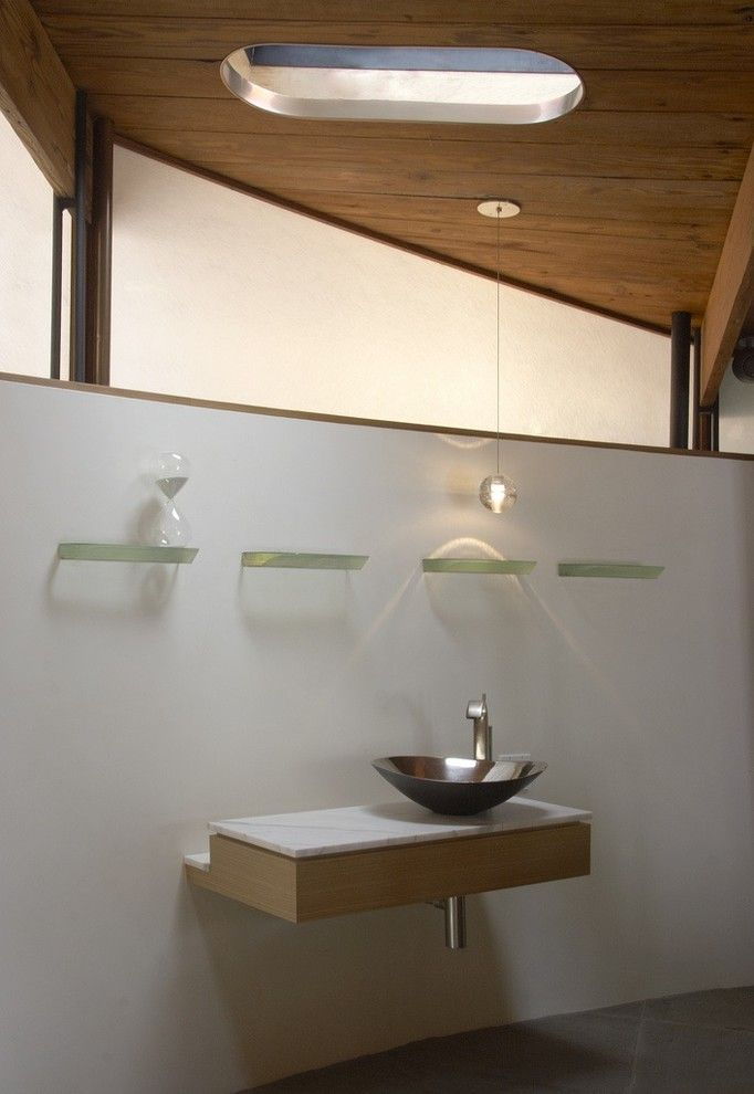 Люстра Bocci в интерьере ванной
