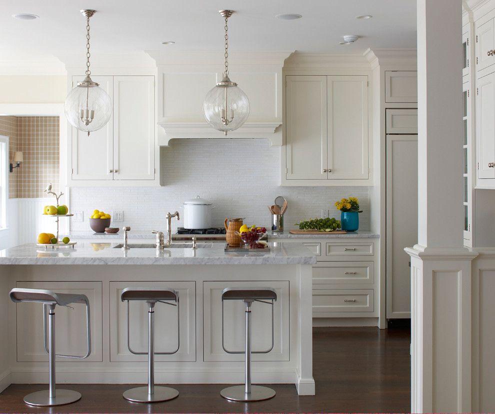 Шарообразные светильники в интерьере кухни