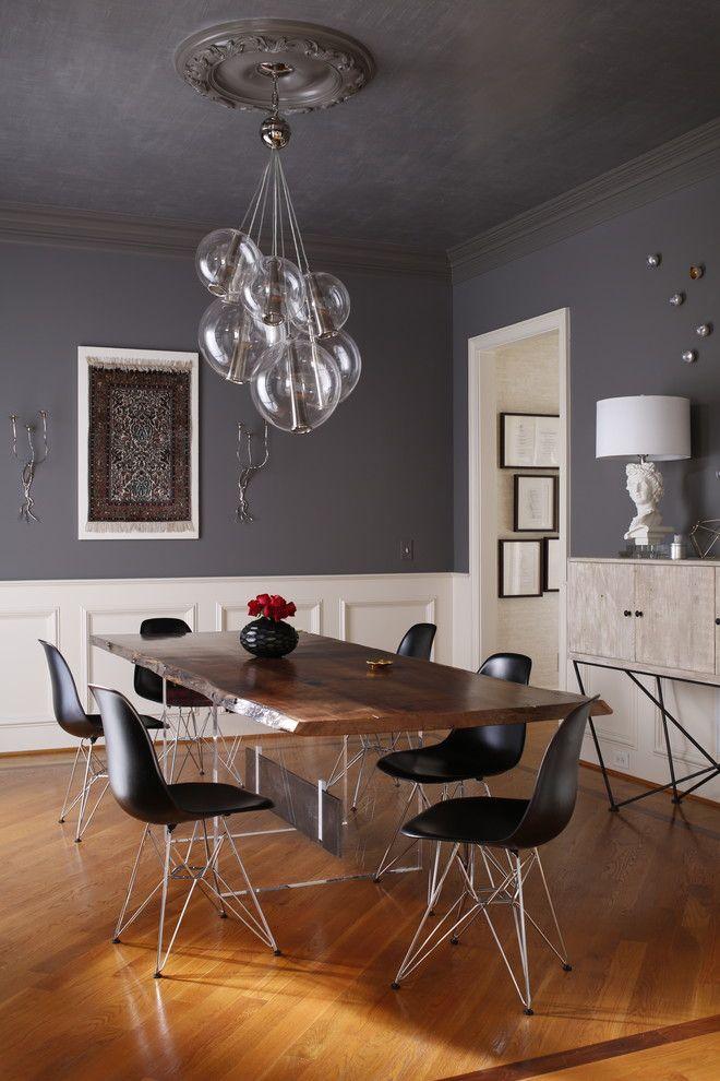 Шикарные шарообразные люстры в интерьере столовой