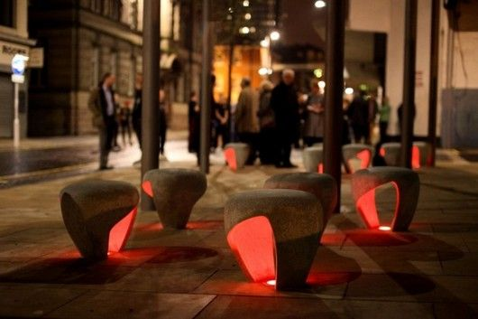 Уличные стулья с подсветкой