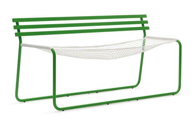 Скамейка в виде футбольных ворот