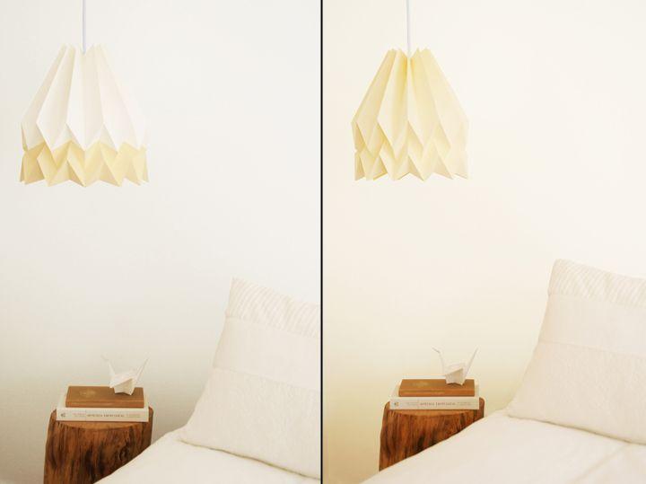Бумажные светильники Orikomi с желтым оттенком