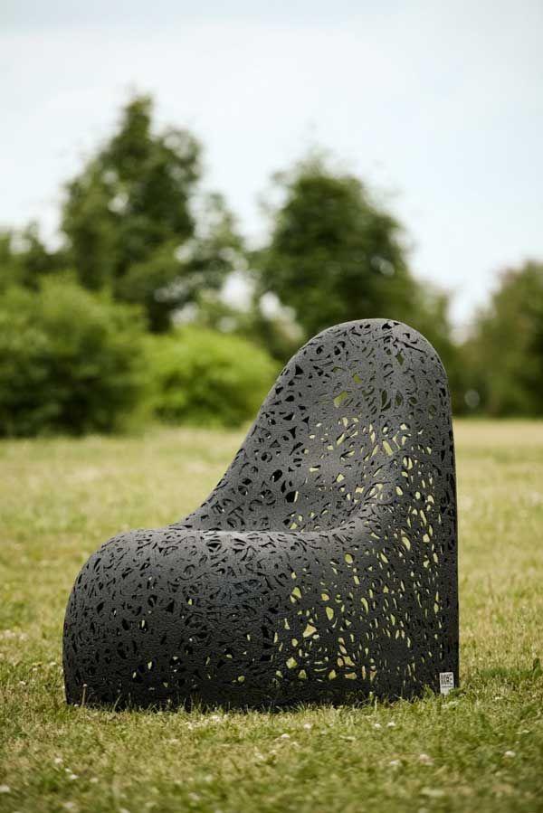 Умопомрачительная кресло на фоне природы