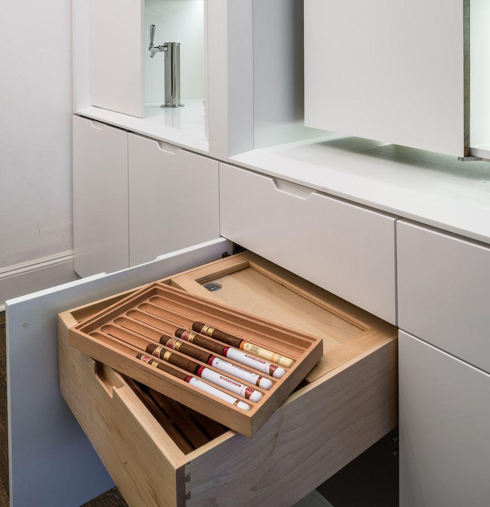 Система за съхранение на алкохол в коридора