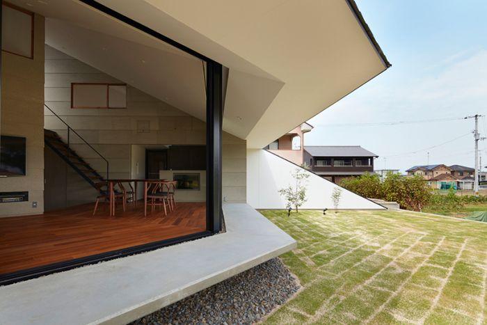 Архитекторский проект компании Hayato Komatsu Architects.