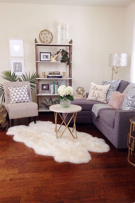 Една от най-добрите опции е да създадете уютна, комфортна атмосфера в малка дневна.