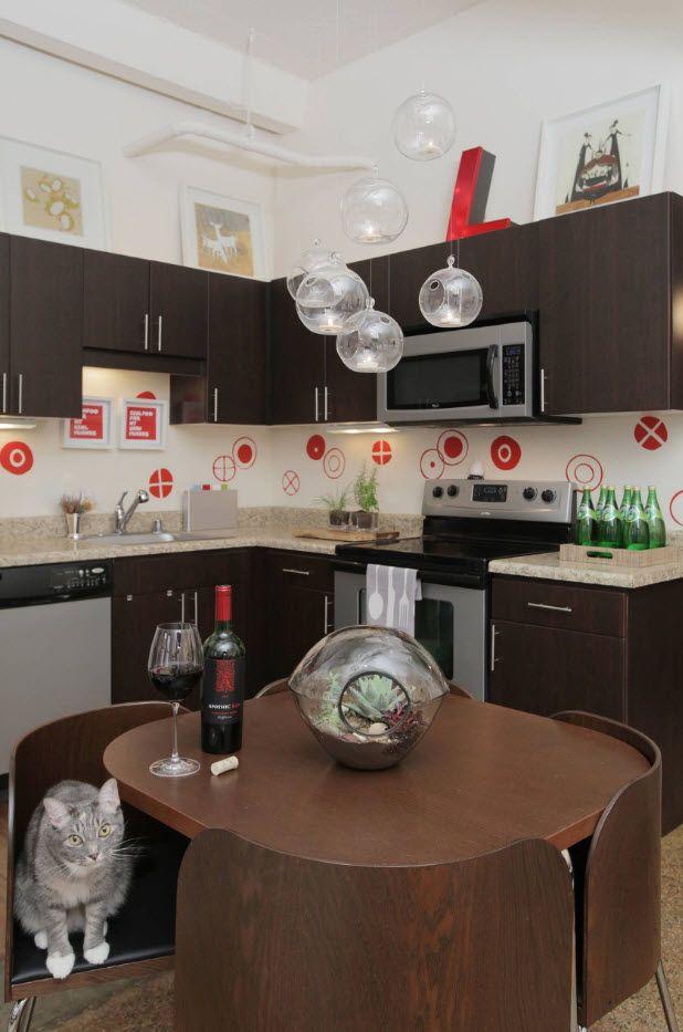 Kjøkken i brune toner