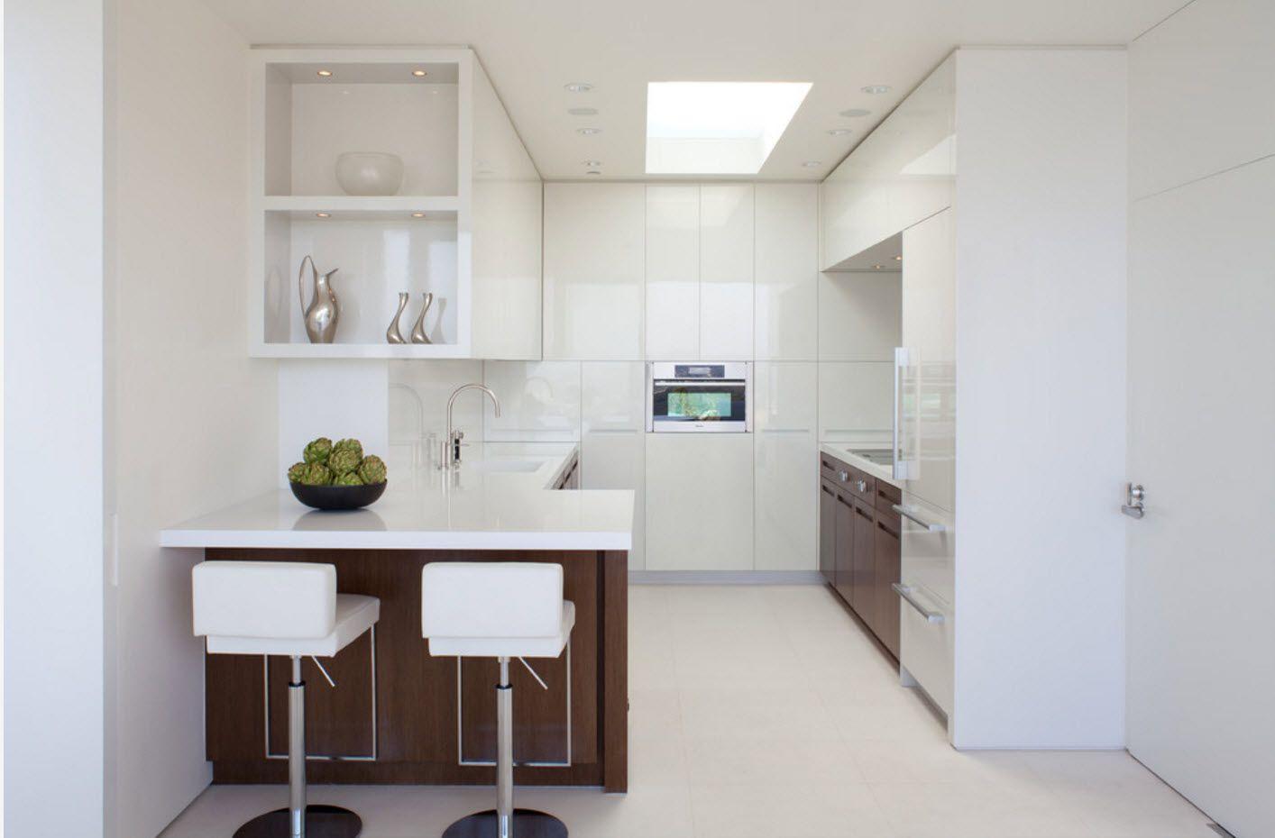 Снежнобяло изображение на кухнята