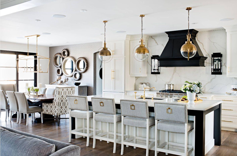 Кухненска зона в комбинирана стая