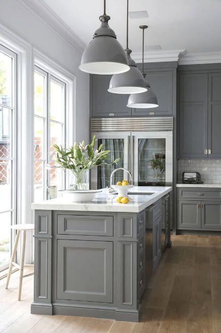Kjøkken i grått