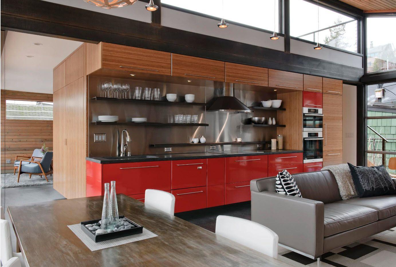 Лек кухненски интериор