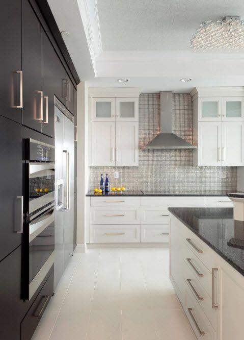 Просторен дизайн на кухнята