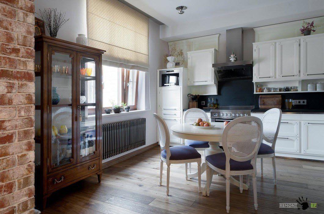 Шкаф-витрина для современной кухни
