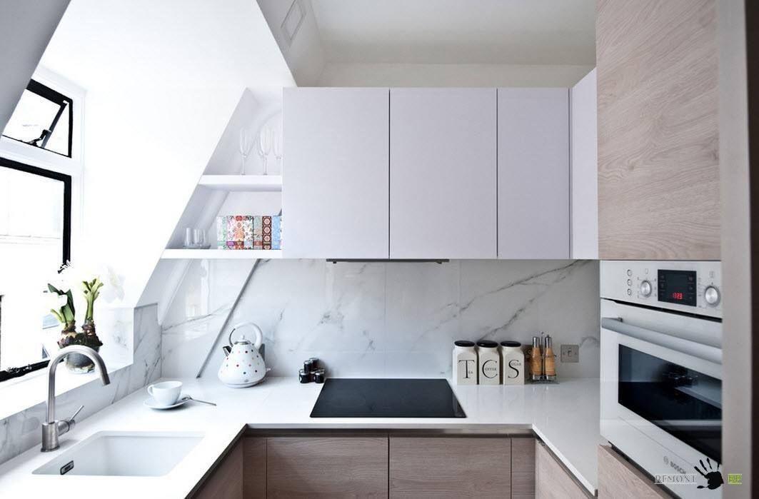 Кухня със сложна форма