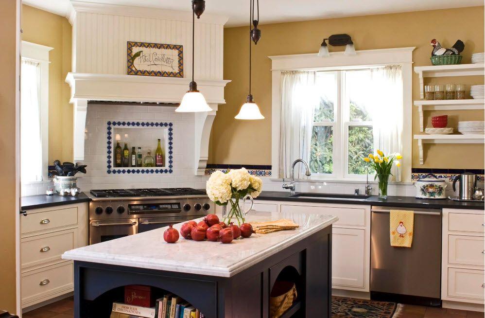Драперия за кухненски прозорци