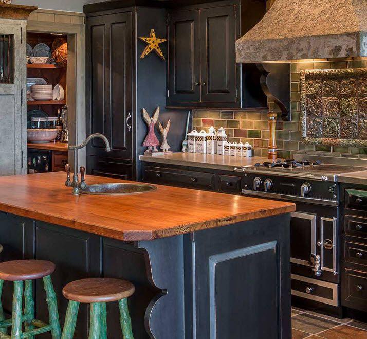 Тъмни кухненски фронтове