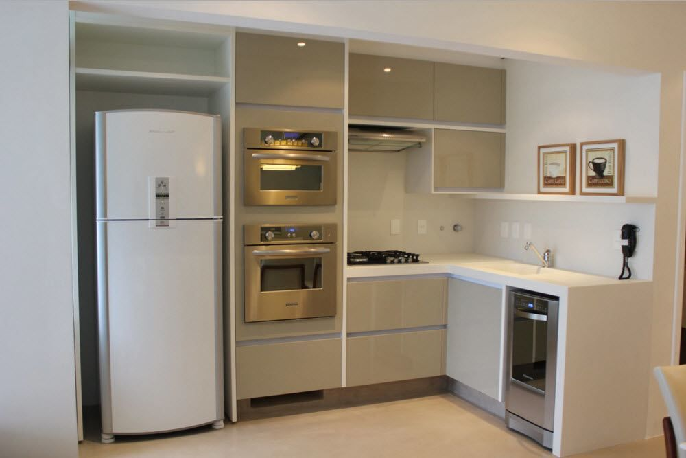 Гладки фронтове за малка кухня
