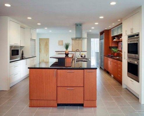 Бежови плочки на пода на кухнята