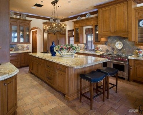 Тухлени плочки на пода на кухнята