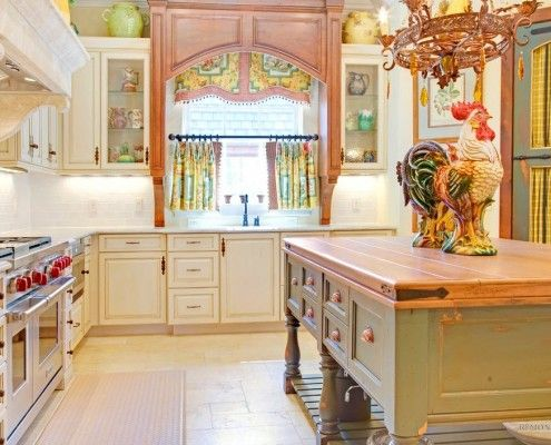 Изысканные занавеси на кухне