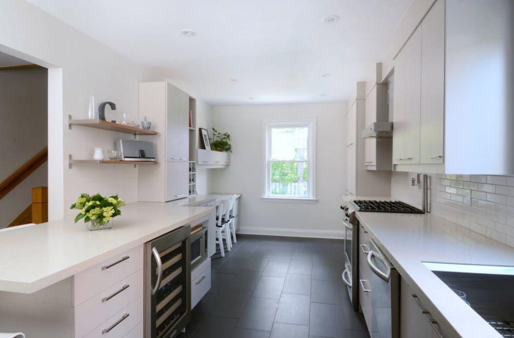 Открытые полки для небольшой кухни