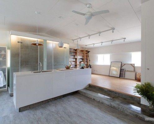 Просторная кухня лофт