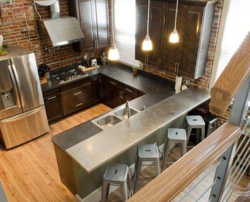 Удлиненный кухонный стол