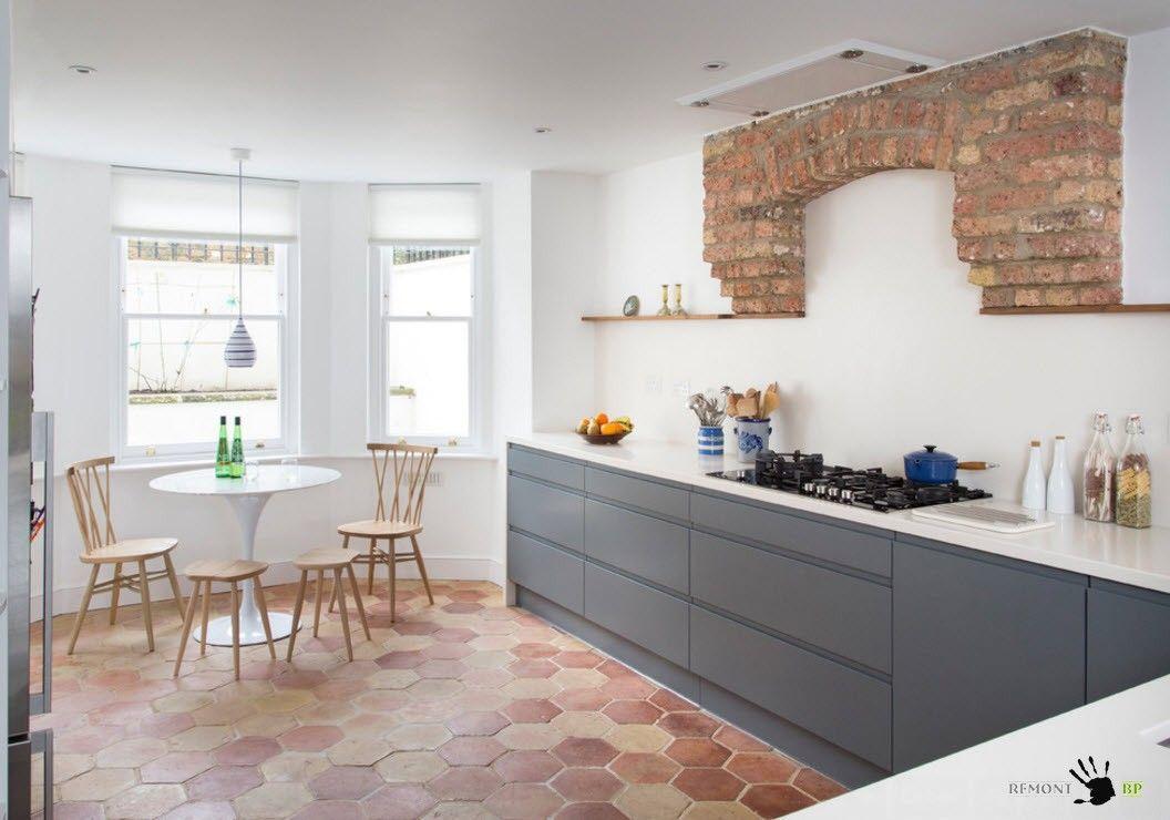 Плитка для кухни на пол: 100 идей дизайна на фото