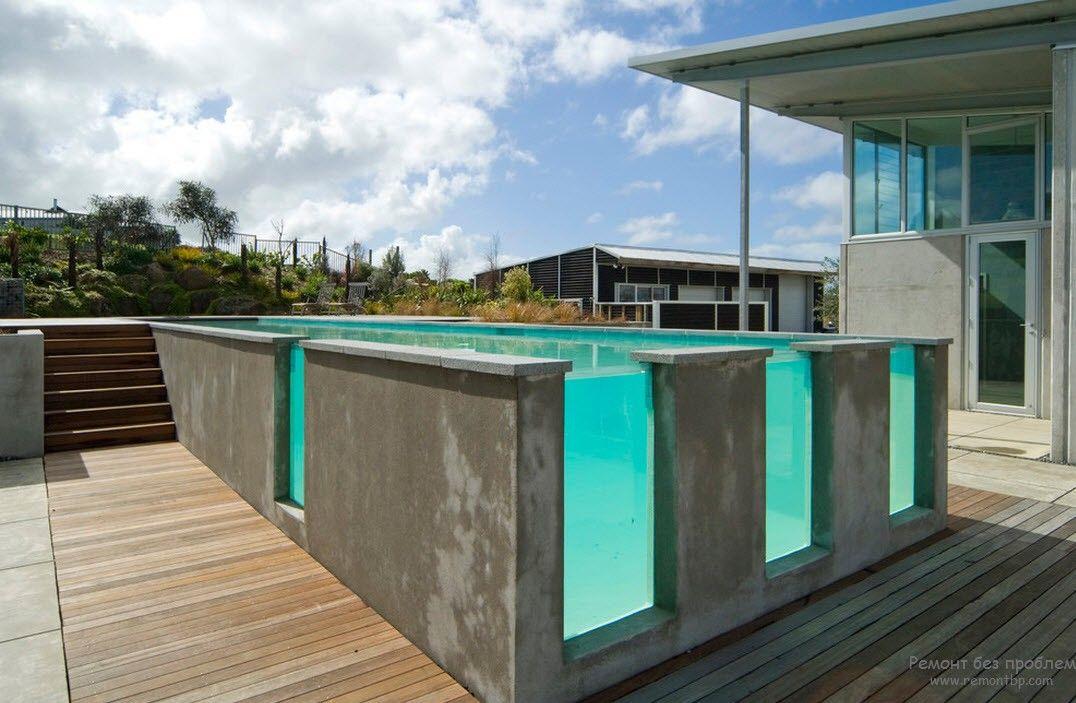 Оригинальный дизайн бассейна вблизи от дома
