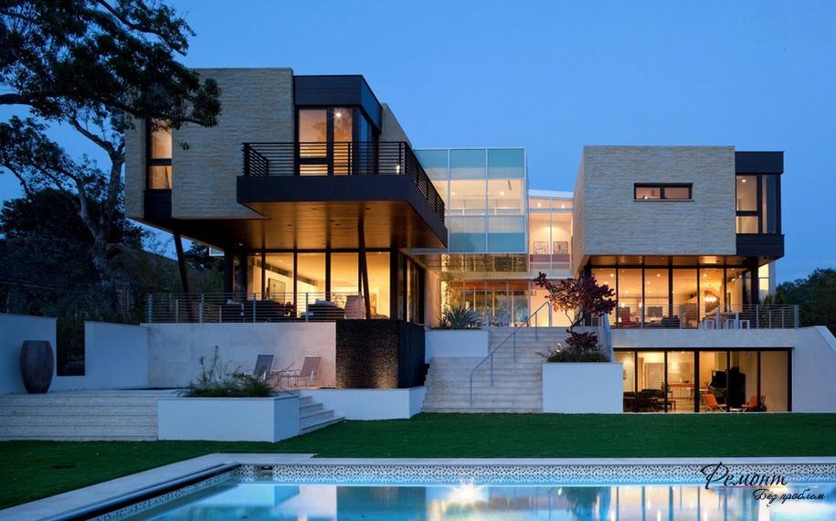 къща с басейн