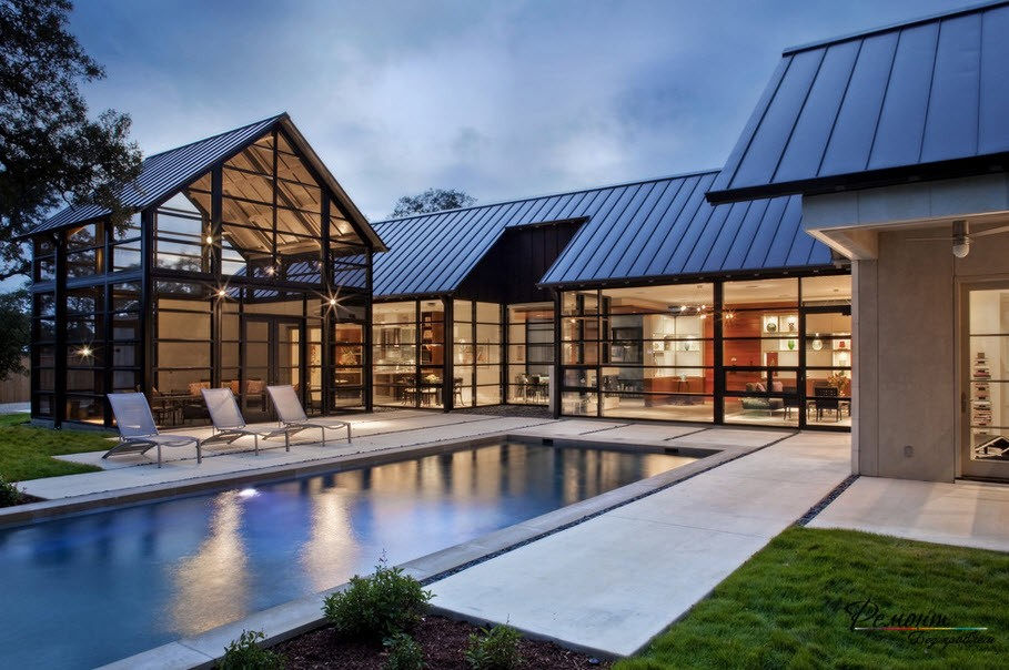 Сказочный дом с бассейном